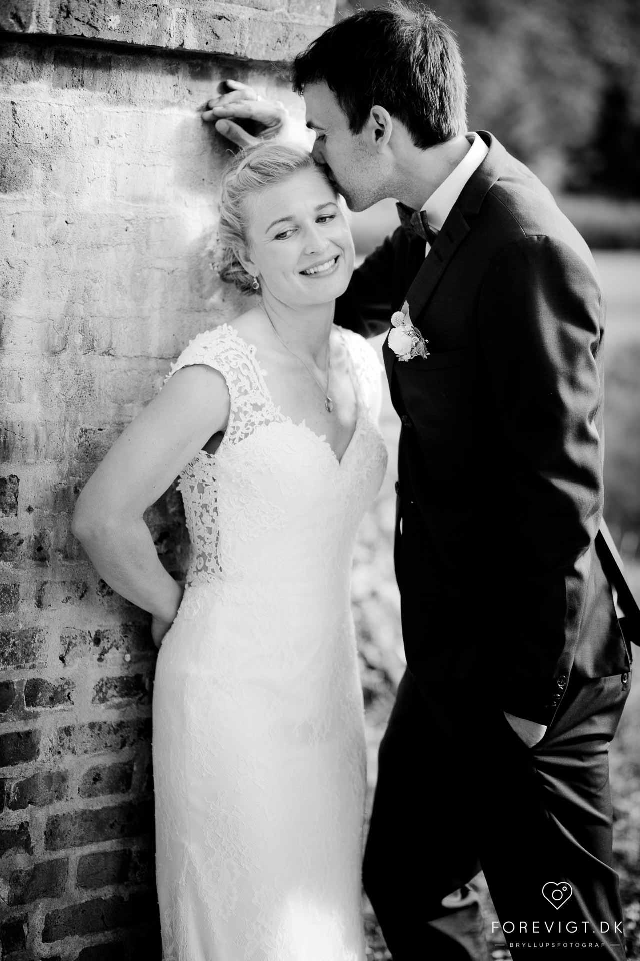 Skarrildhus bryllup. En smuk og hyggelig bryllupsdag først med vielse