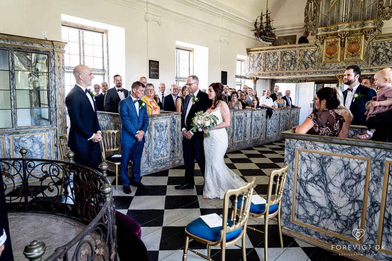 Clausholm slot bryllup Bryllup i og nær Aarhus: Clausholm Slot.