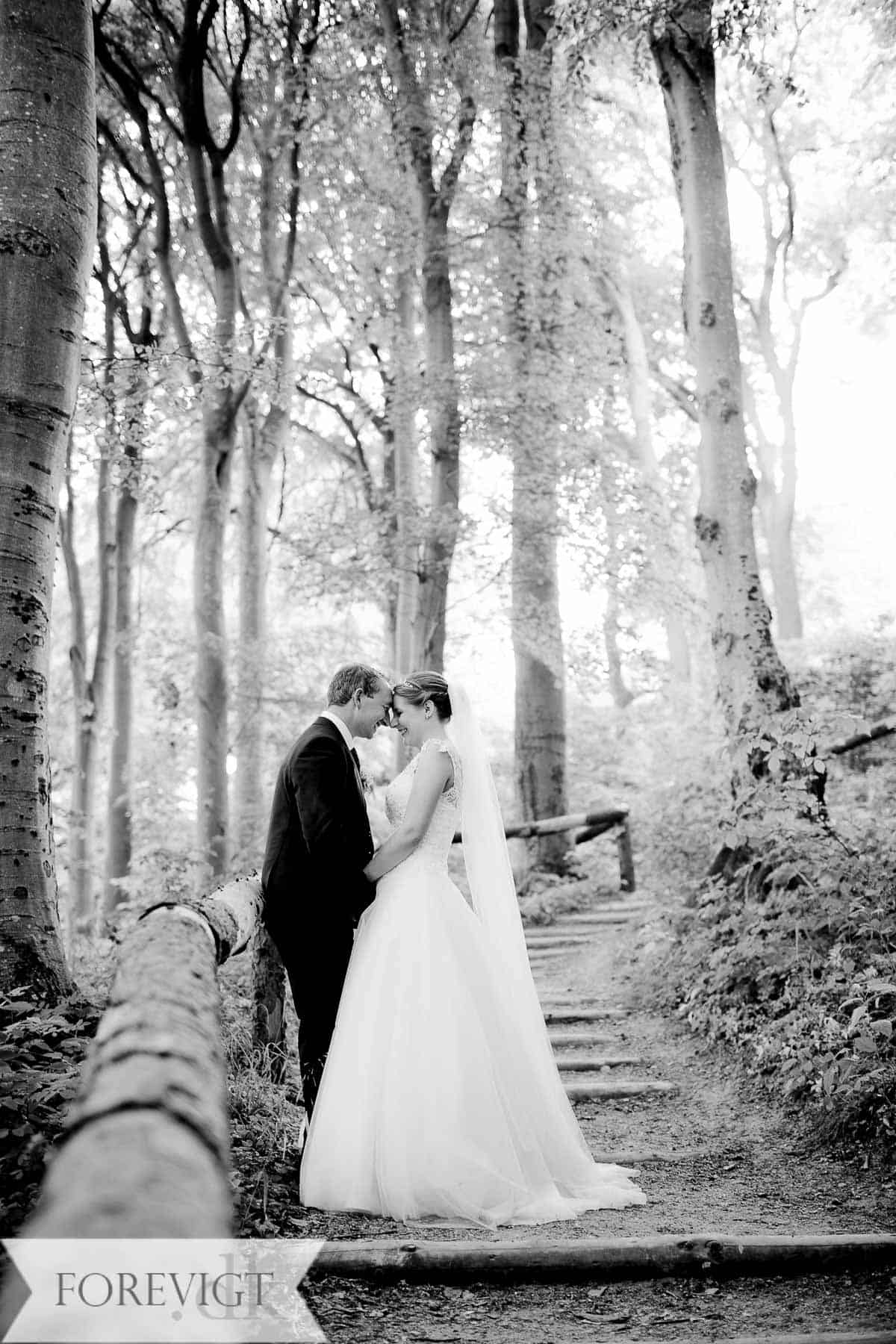 Middelfart bryllup på en smuk sommerdag i Juni