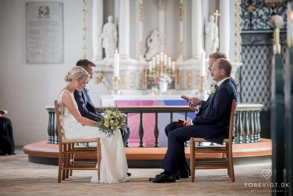 vælge brudekjolen fra dine drømme