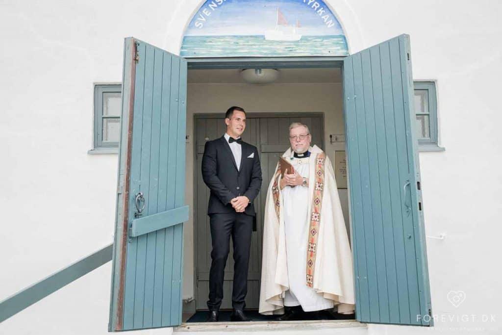 præst ved sømandskirken