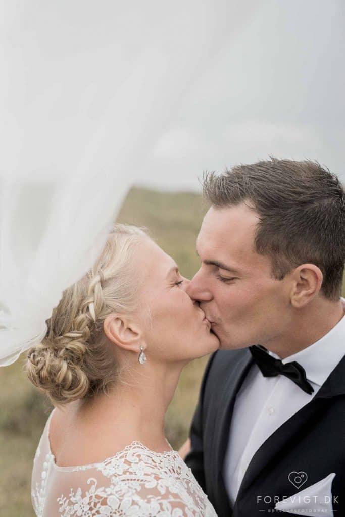 prisen for at blive gift i den svenske Sømandskirke i Skagen?
