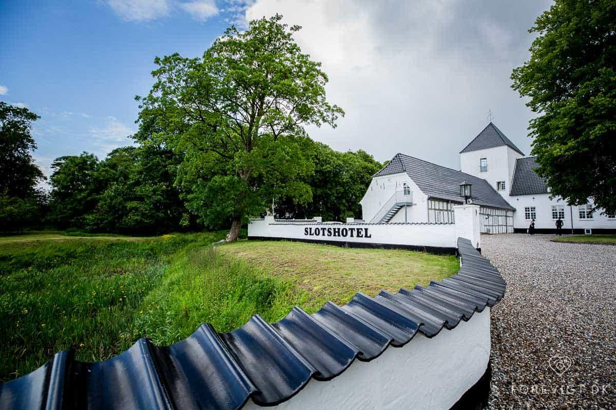 Vrå Slotshotel stammer helt tilbage fra 1400-tallet