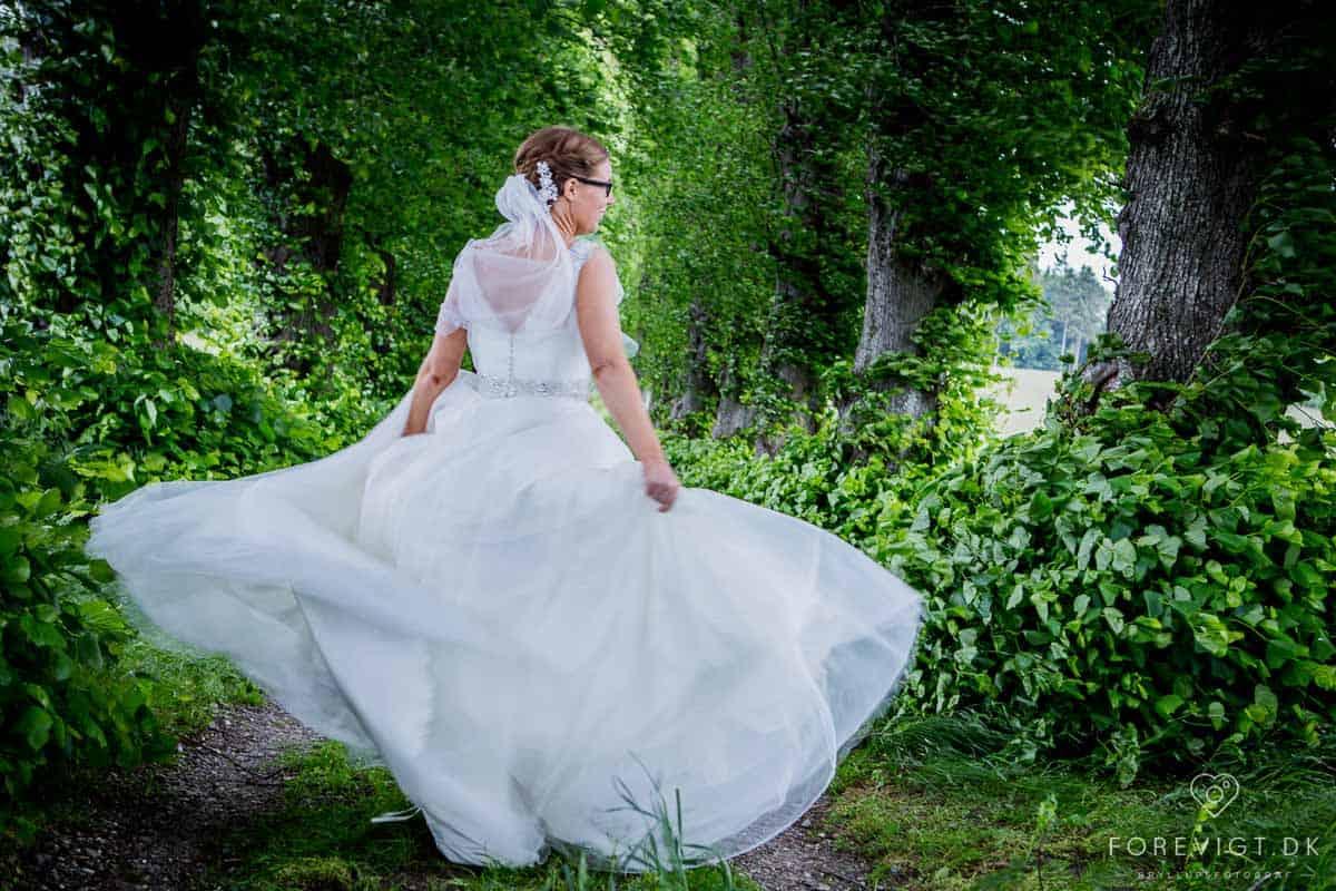 Dygtig Bryllups Fotograf | Få flotte, unikke billeder