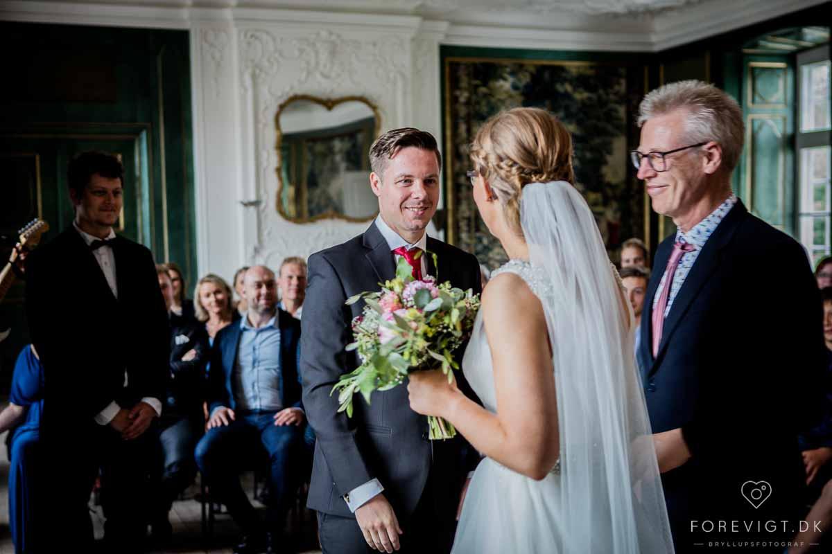 Bryllupsfotograf på Hvidkilde Gods