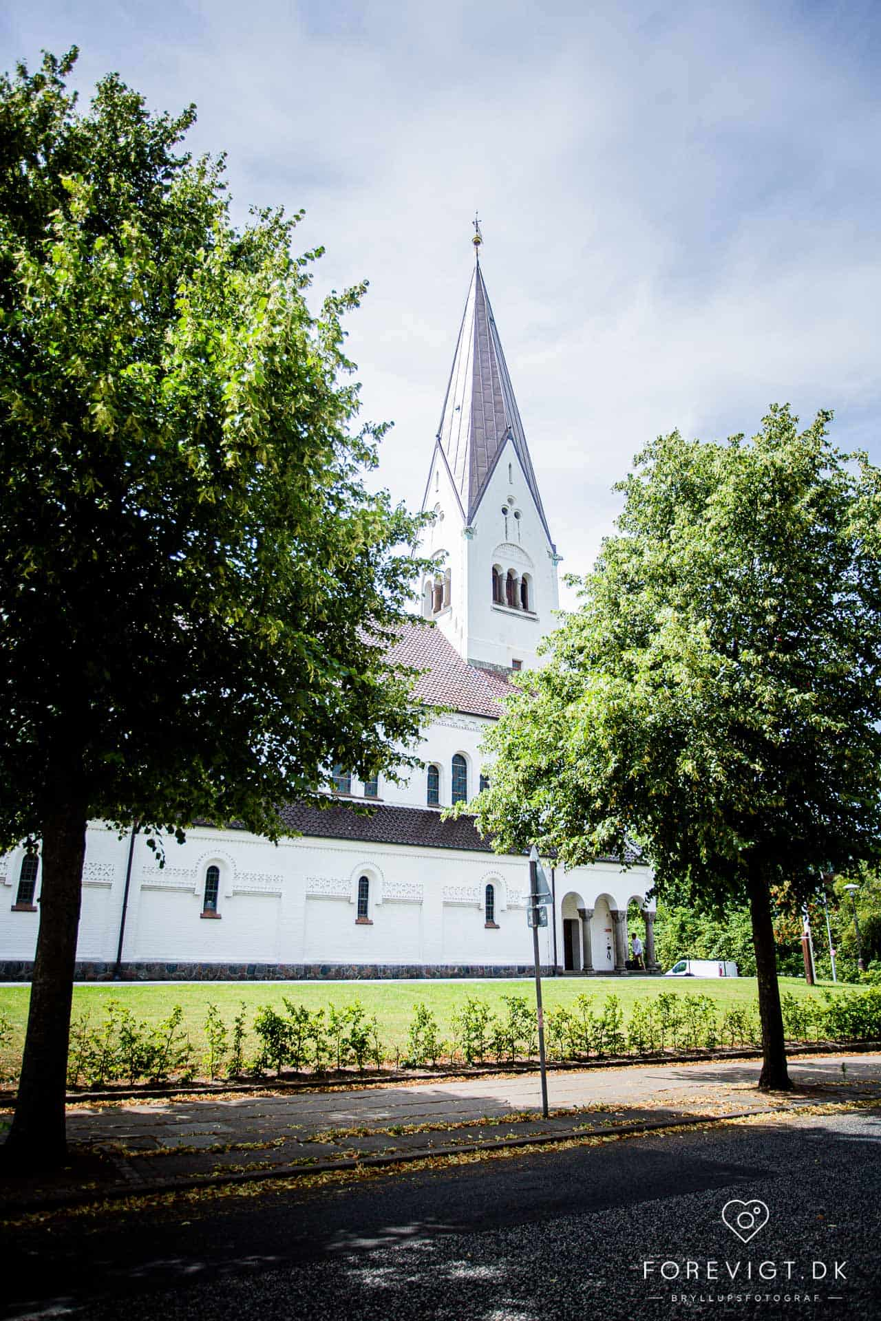 Vor Frelsers Kirke • Strandgade 2A • 7100 Vejle