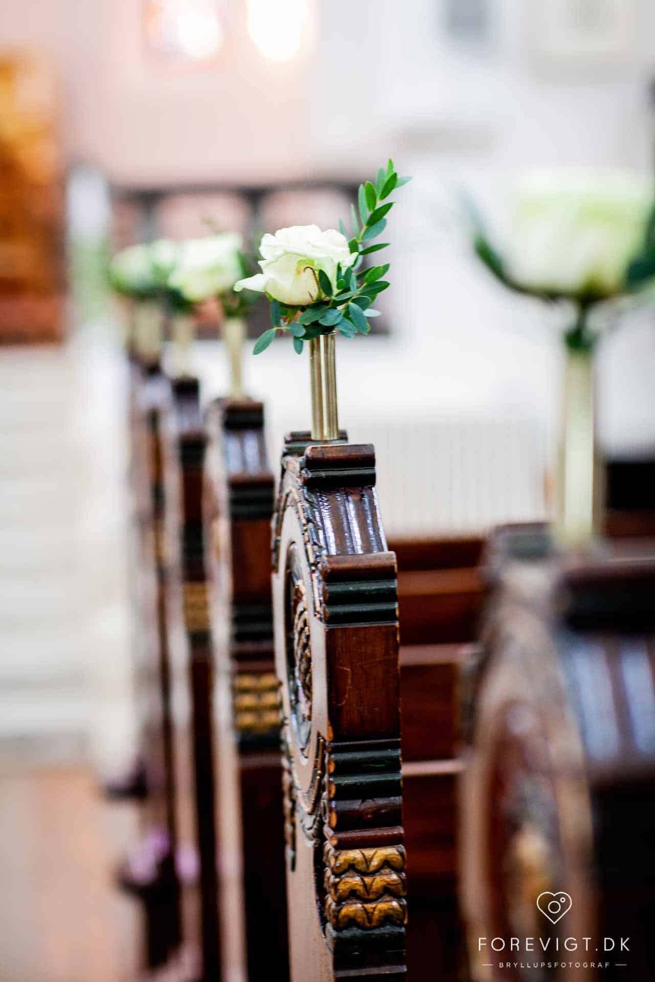 Vor Frelsers Kirke i Vejle lagde jord til brudeparrets flotte vielse i Vejle