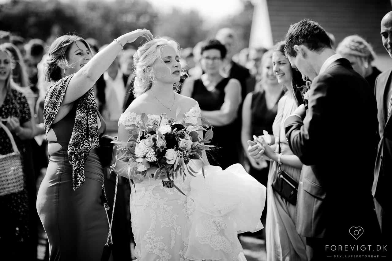 10 tip til at holde bryllupsbudgettet