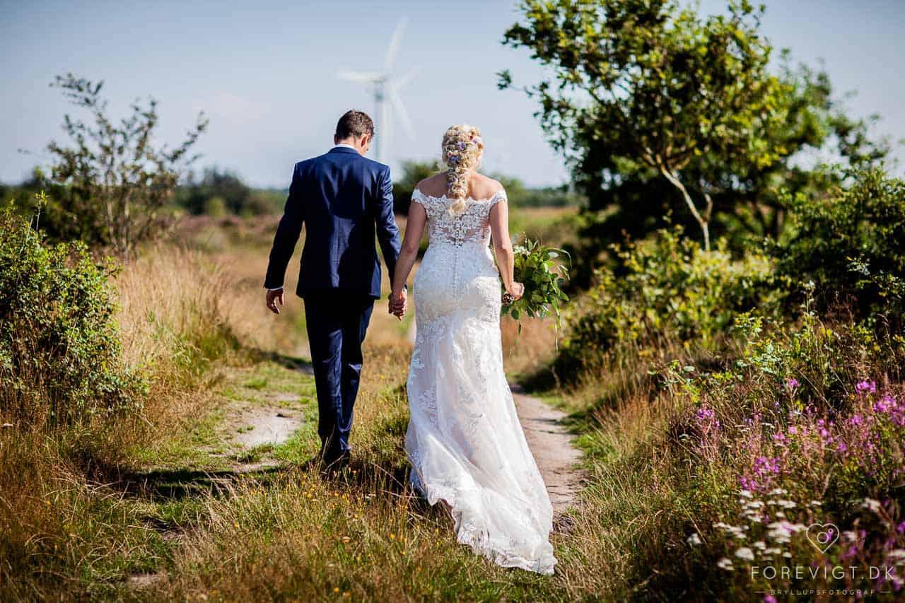 Eventyrligt bryllup - fra riddersal til lade