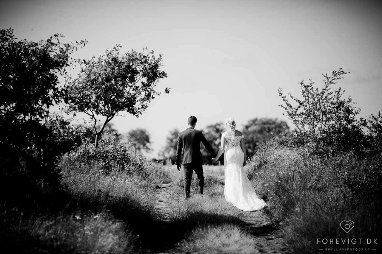 Landligt bryllup i familiens lade