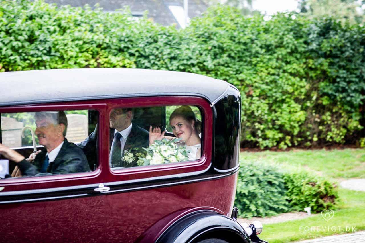 Hold et uforglemmeligt bryllup i romantiske herregårdsomgivelser.