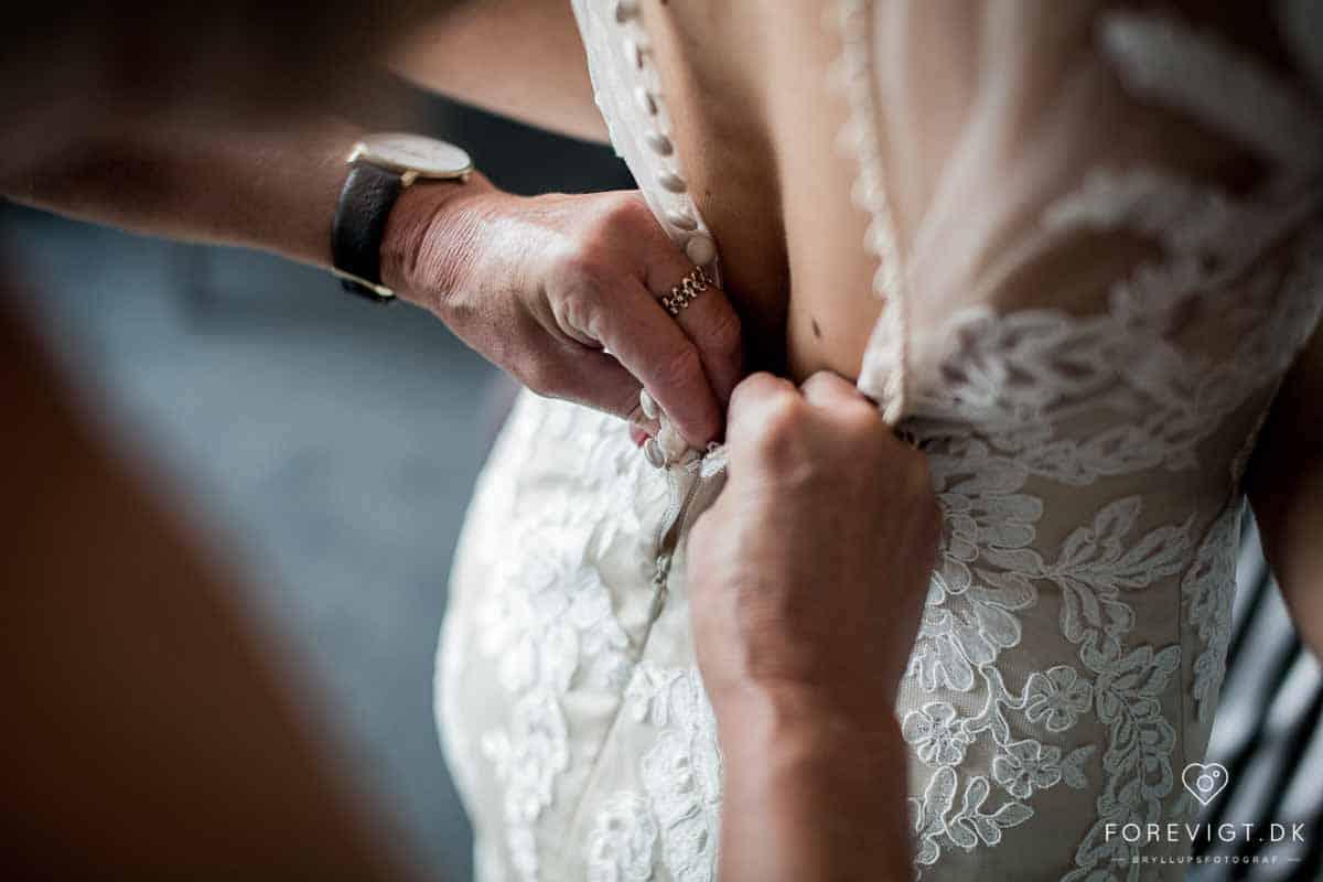 Her finder I Danmarks førende bryllupsfotografer til fantastiske bryllupsbilleder