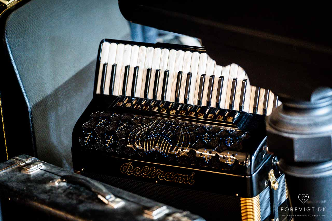 Musik til bryllup Aarhus. Jeg er en erfaren pianist med overskud
