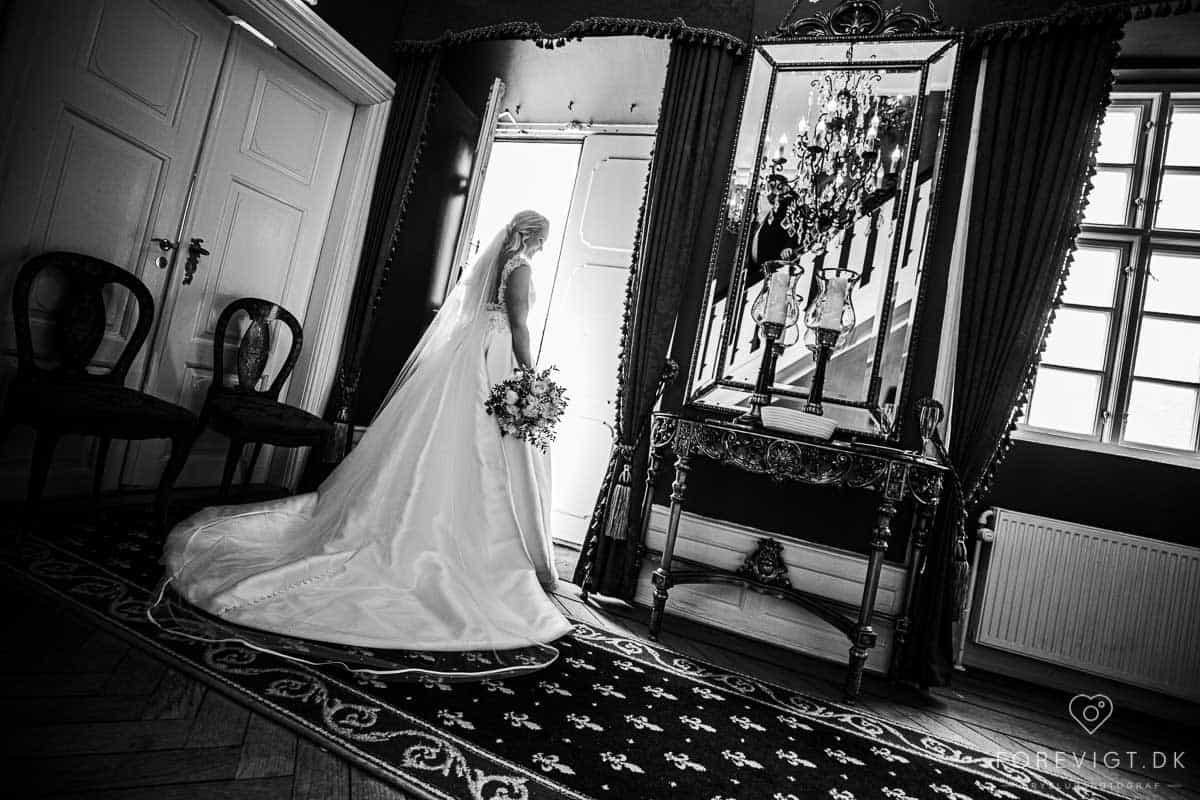 brudeparret bruger både før og efter brylluppet meget tid på at bruge bryllupsdetalje ideerne og billederne