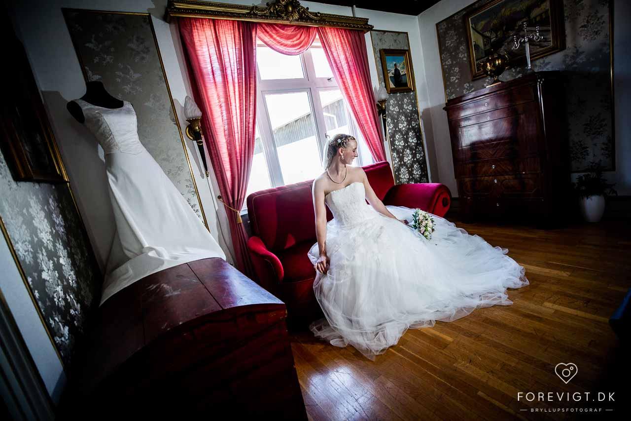 bruden i sofa