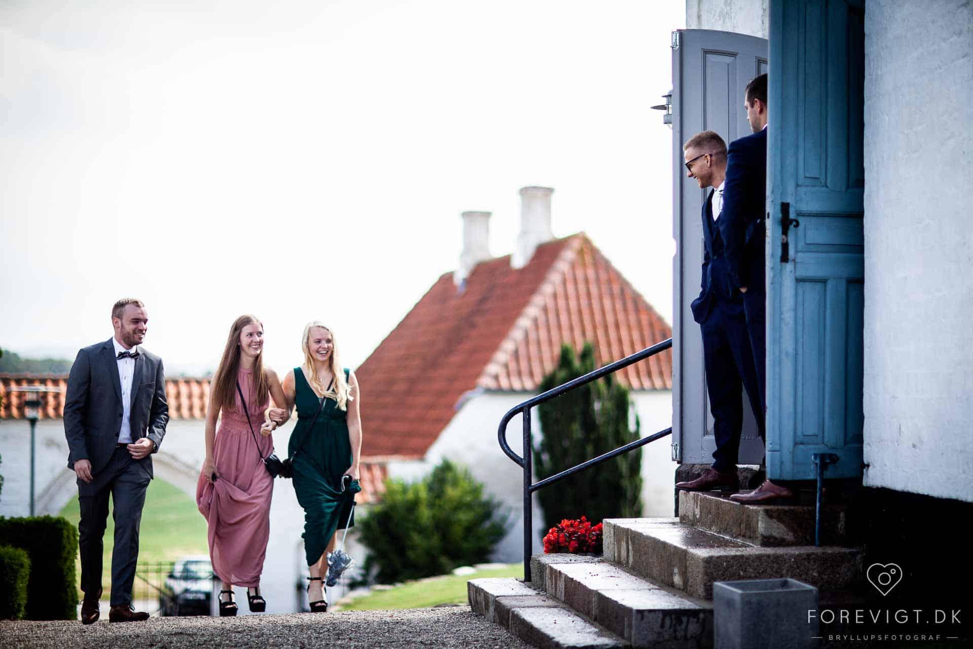 Hold et uforglemmeligt bryllup i romantiske herregårdsomgivelser