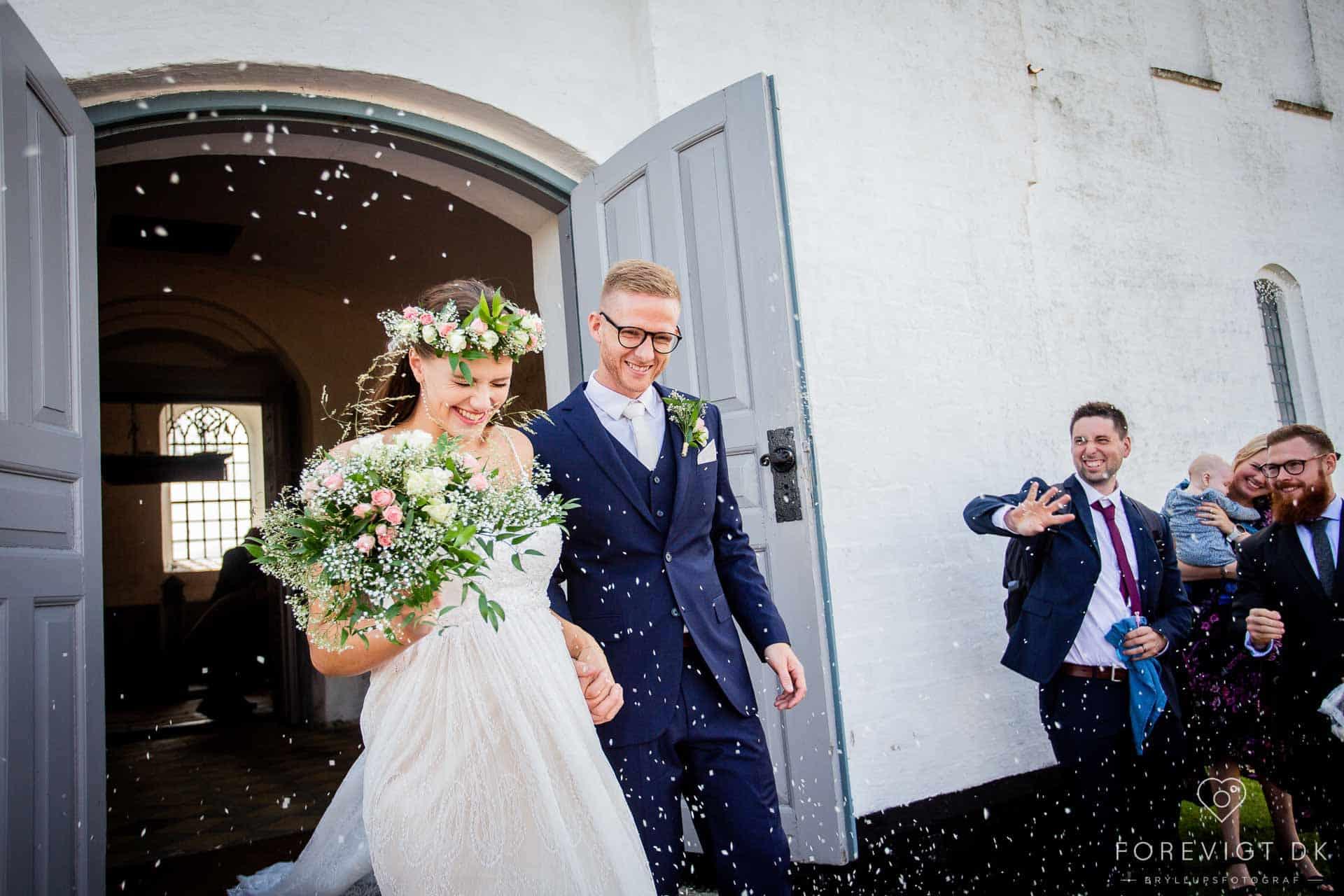 Lej kirken til borgerligt bryllup   Fyn