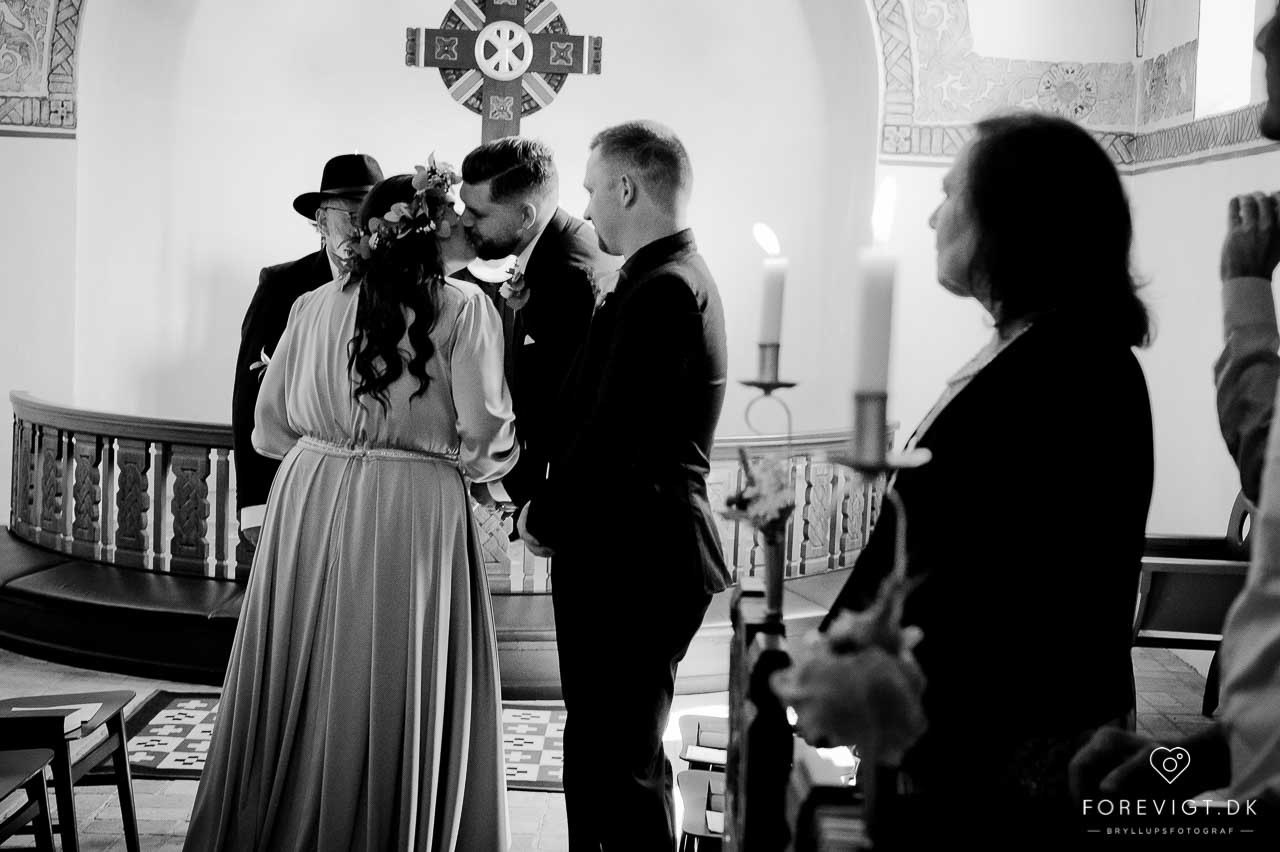 brud og gom Strøby kirke bryllup på Stevns