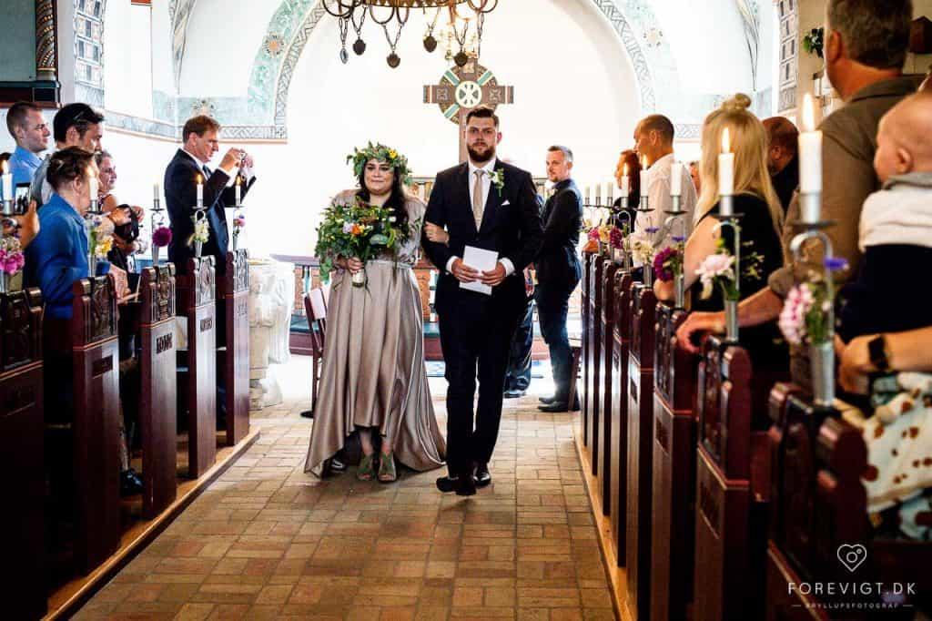 det store ja Strøby kirke bryllup på Stevns