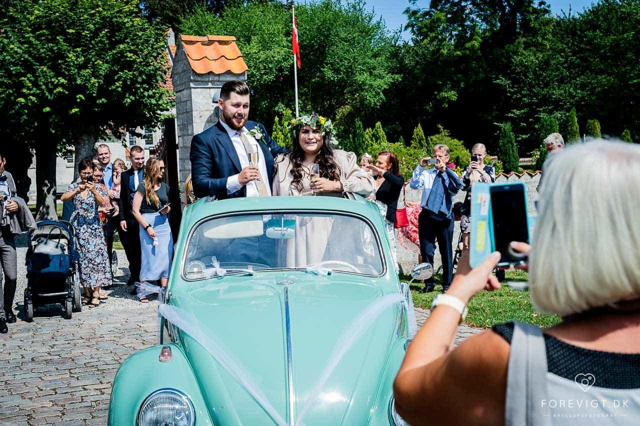 bryllupsgæster Strøby kirke bryllup på Stevns