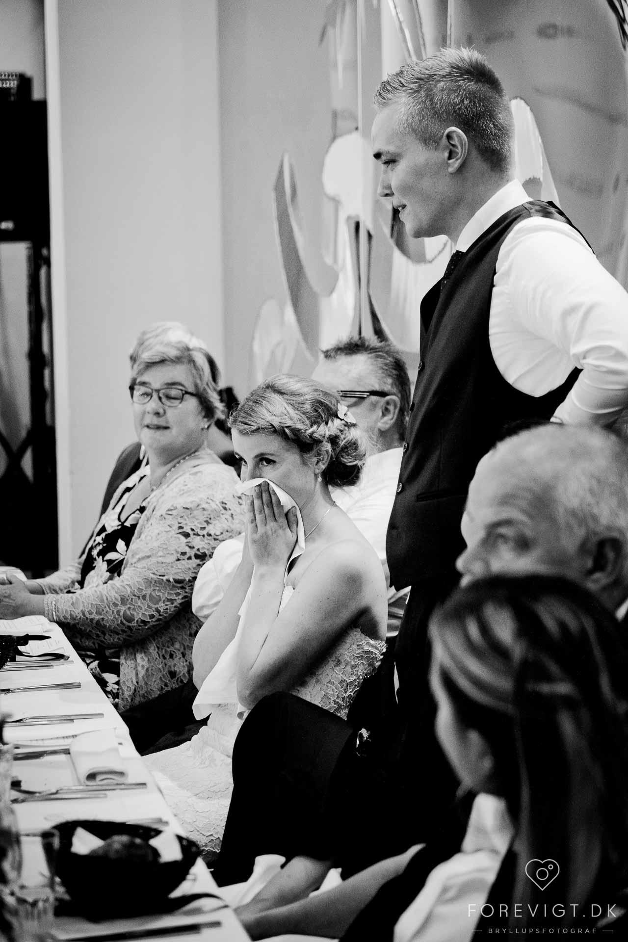 Bryllupsfotograf – Professionel Fotograf til dit Bryllup fra København til Århus
