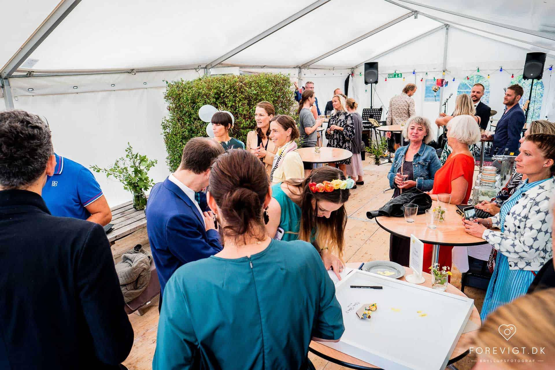 Bryllupsfotograf i Århus og resten af Østjylland