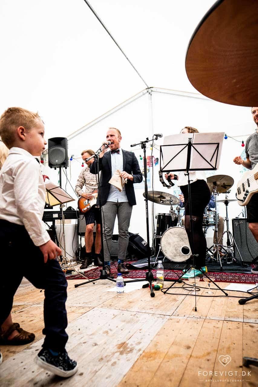 Festligt bryllup på Aarhus Rådhus