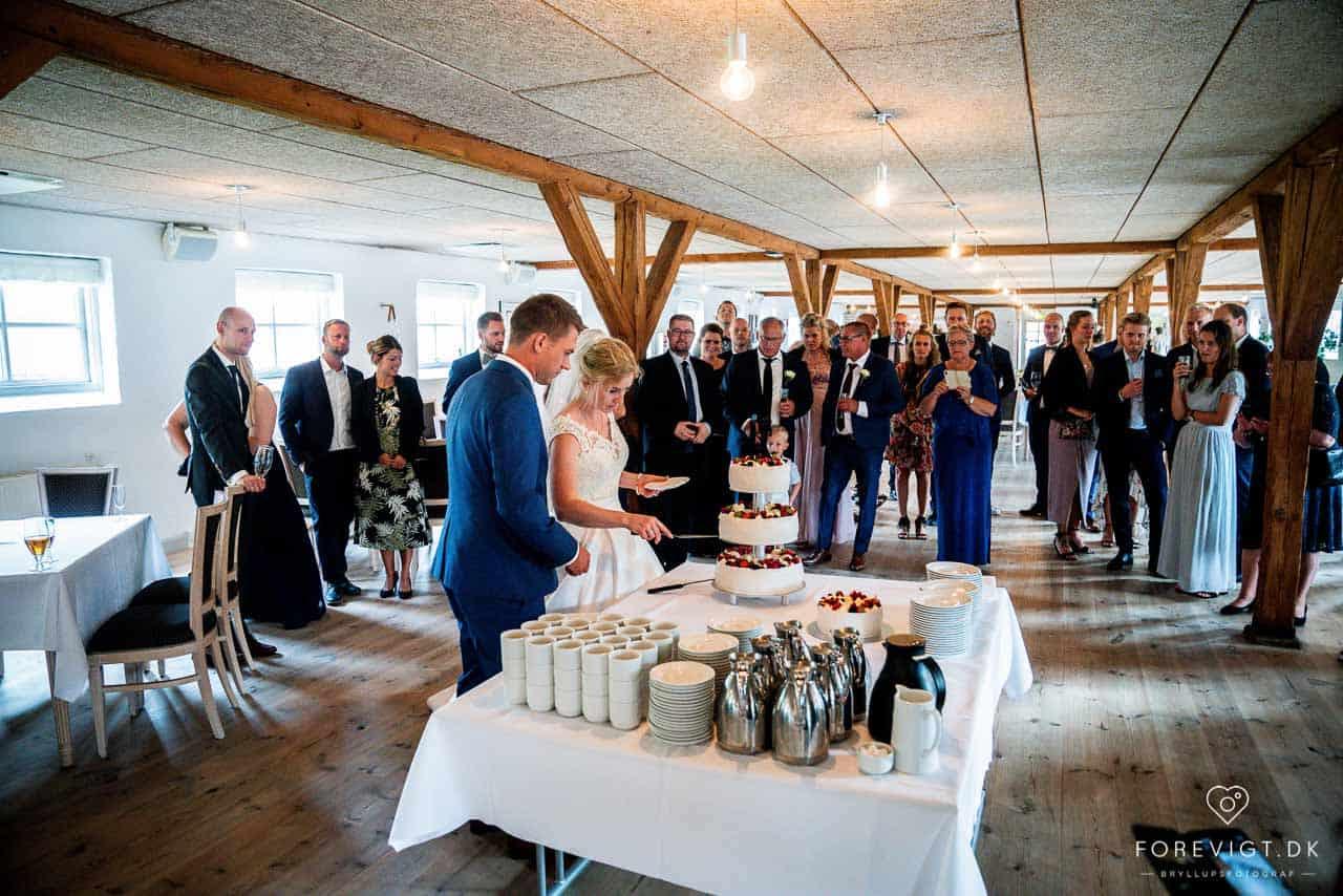 Flere billeder af tirsbæk gods bryllup