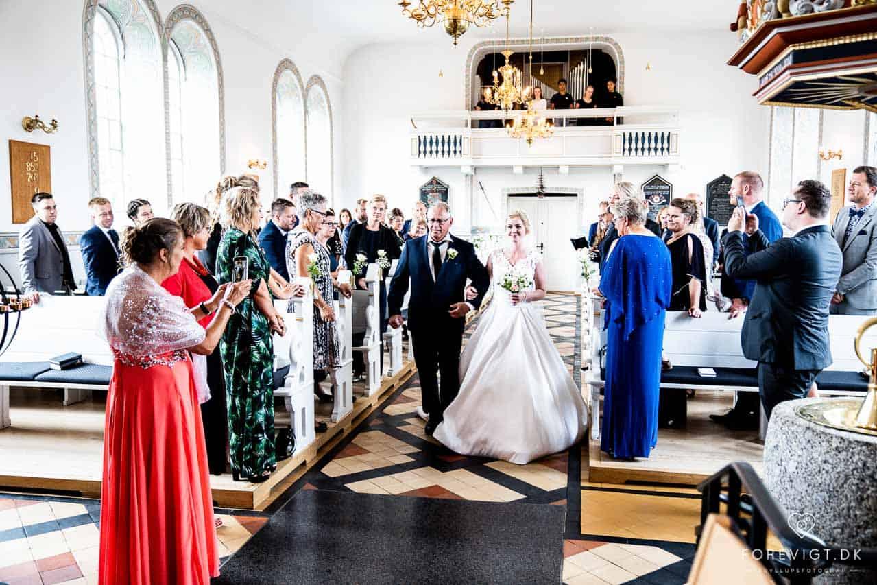 Bryllupsfest i Trekantsområdet i rolige og idylliske lokaler