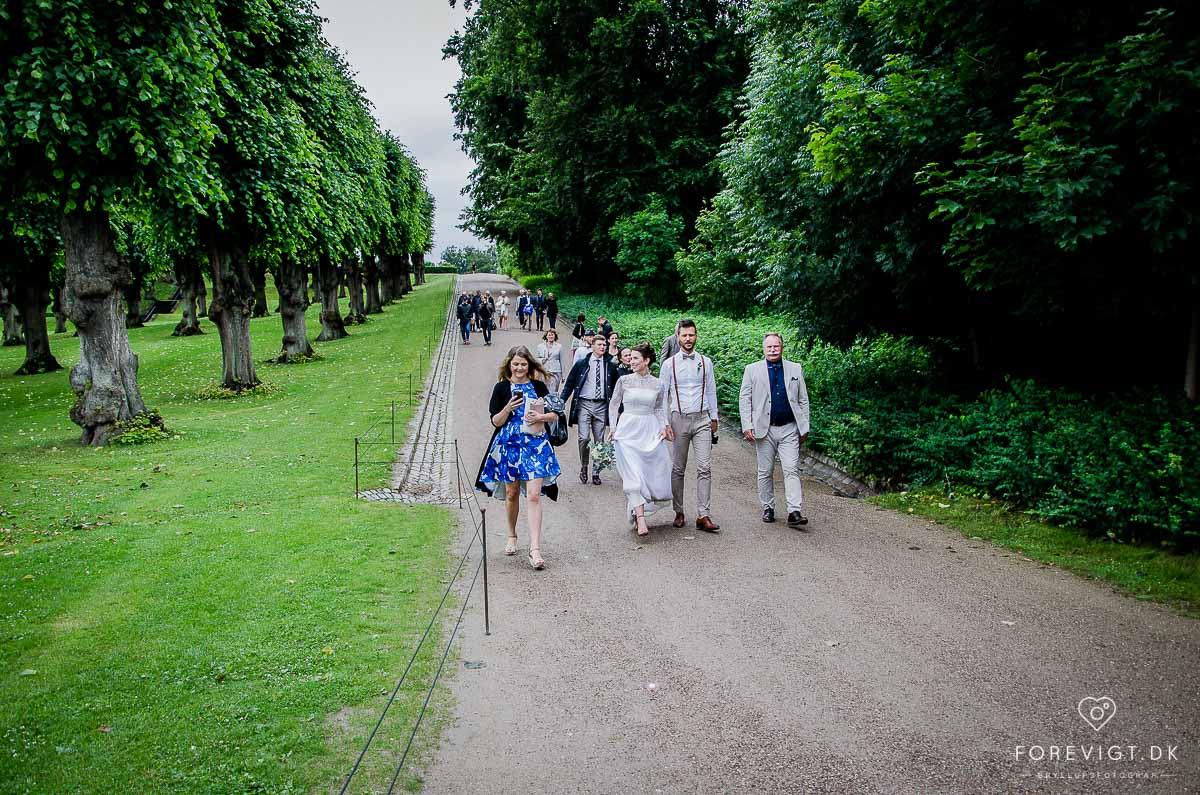 Bryllupsgæster ved Bryllup Frederiksberg have
