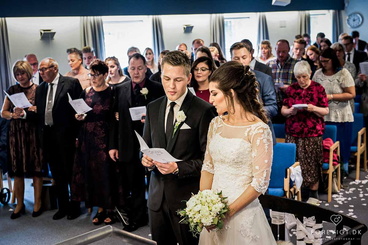 Bryllup i et forsamlingshus - Bryllupsforberedelser ...