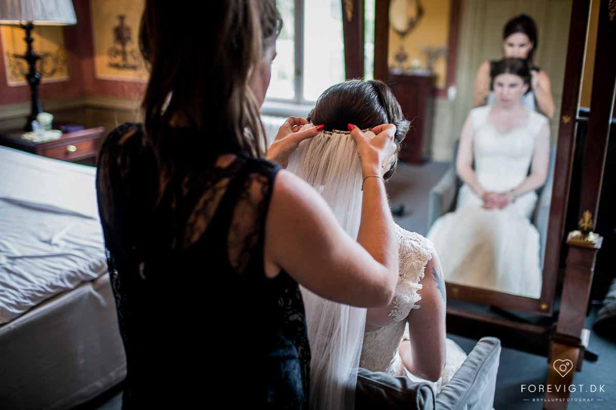 Mangler du en professionel fotograf til dit bryllup?