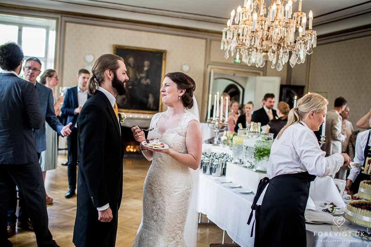 Holckenhavn Slot - Det Første Bryllup
