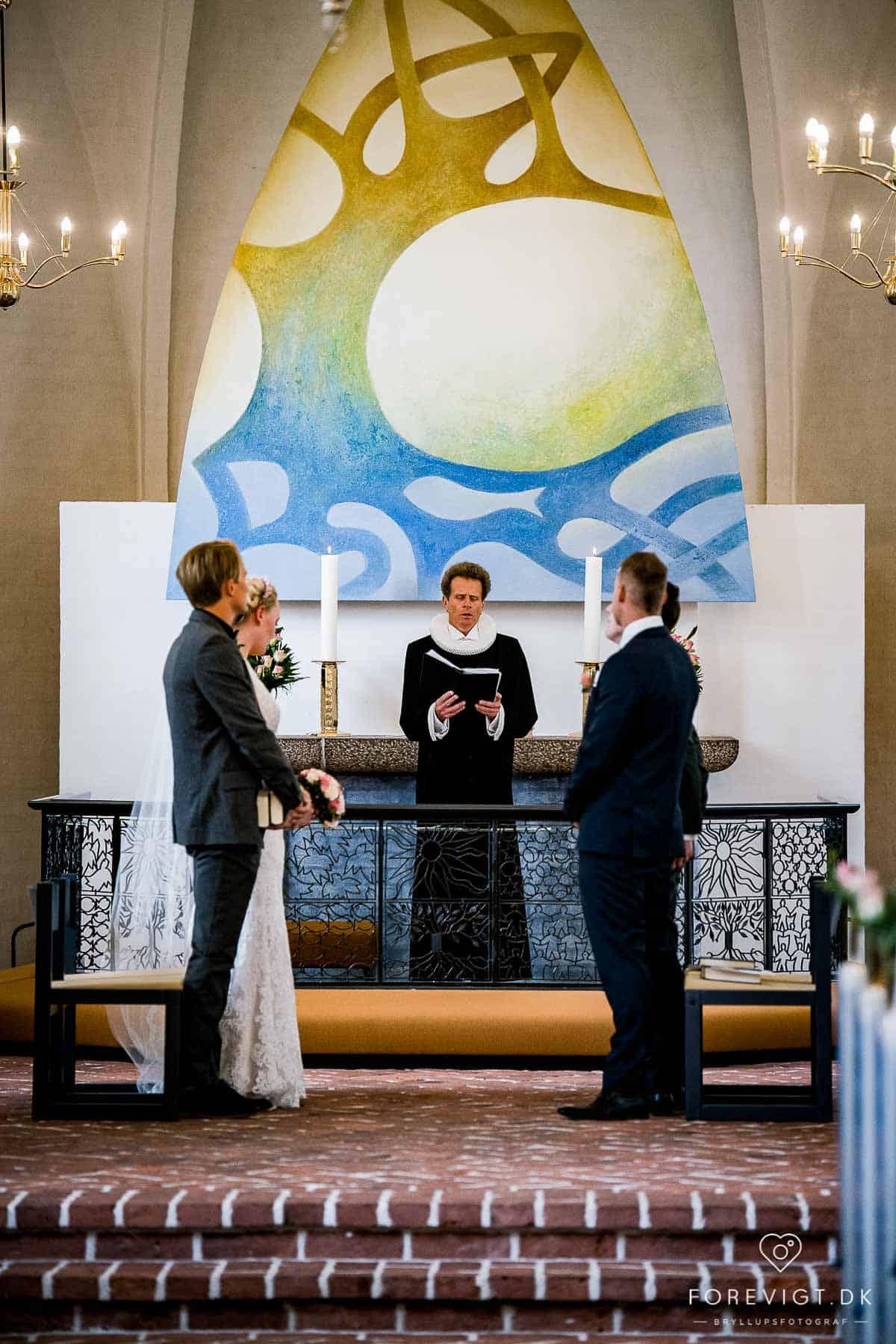 Mølholm Kirke bryllup