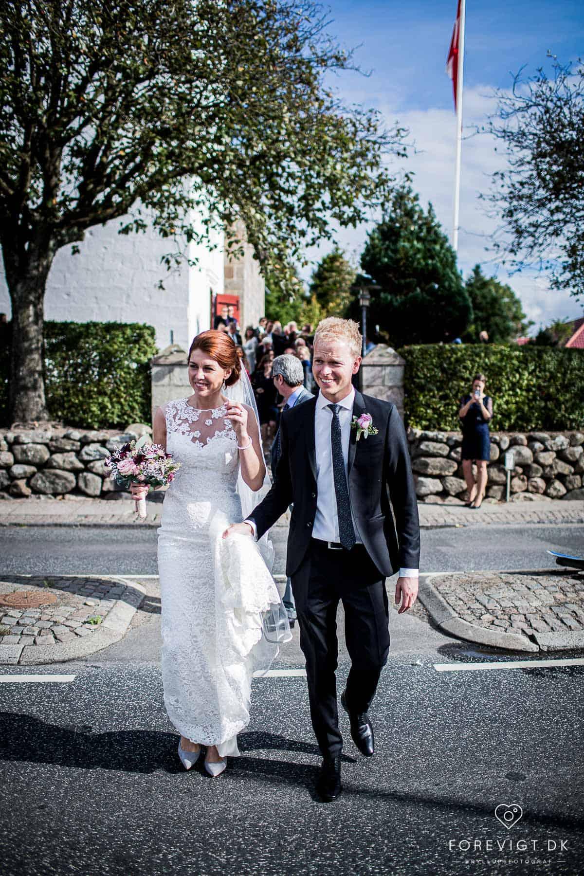 Bryllupsfotograf Ebeltoft. Bryllupsfotografering.