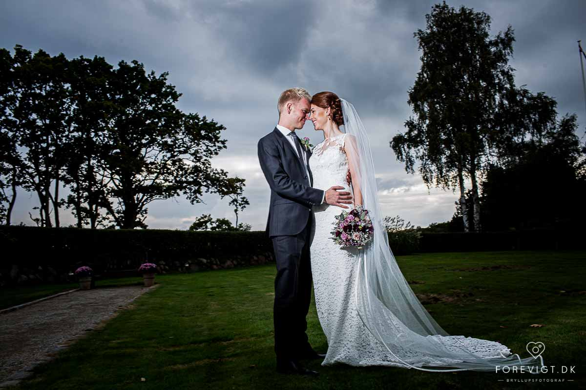 Ebeltoft - Bryllupsfotograf til Kreative bryllupsbilleder