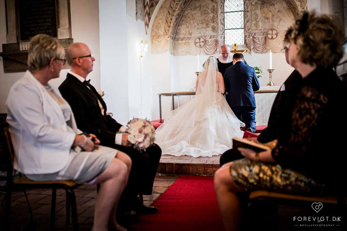 Ballerup Kirke bryllupsfotos