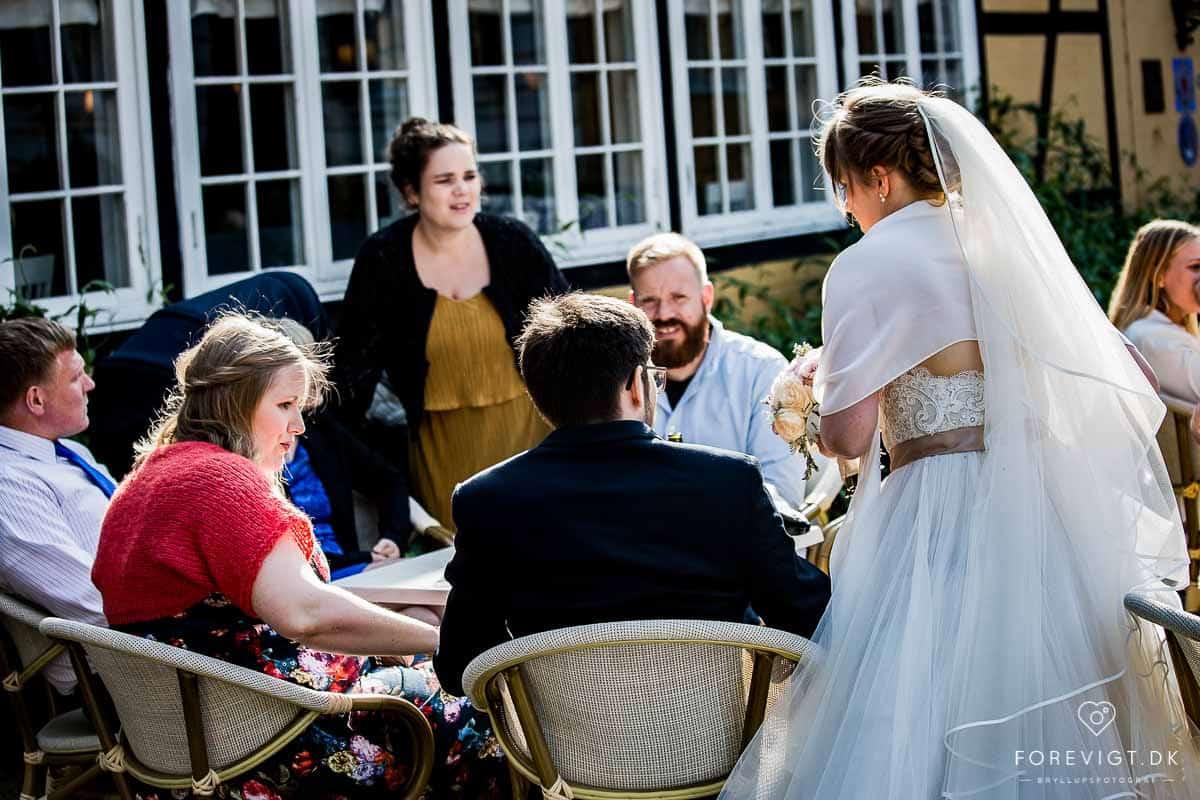 Hold dit bryllup hos Restaurant Bellahøj i København. 10 minutter fra Rådhudspladsen