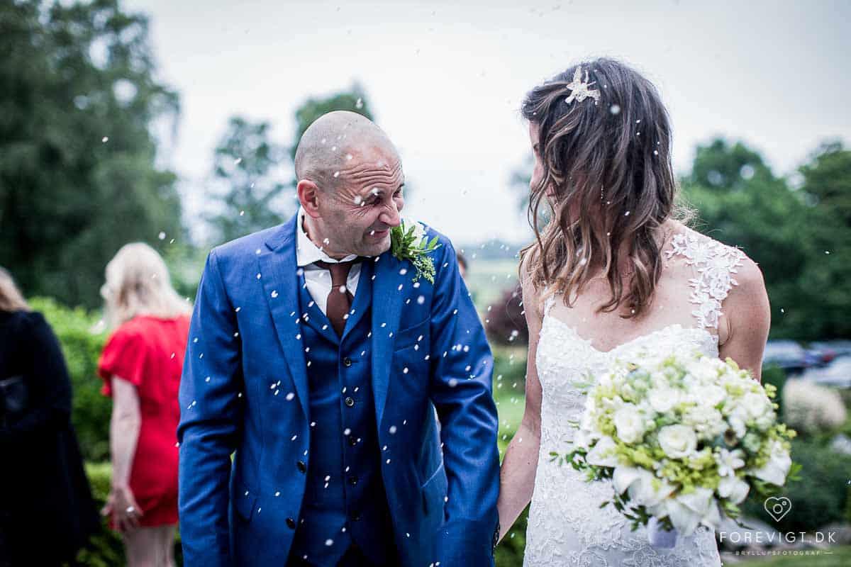 mange års erfaring som bryllupsfotograf på Sjælland