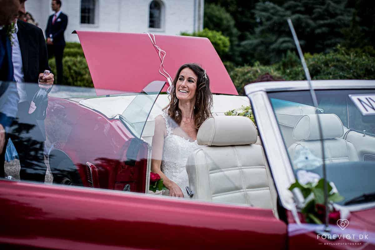 Søger du en dygtig bryllups fotograf ...