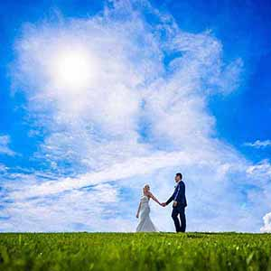 bryllupsfotografer-i-Danmark-300x300