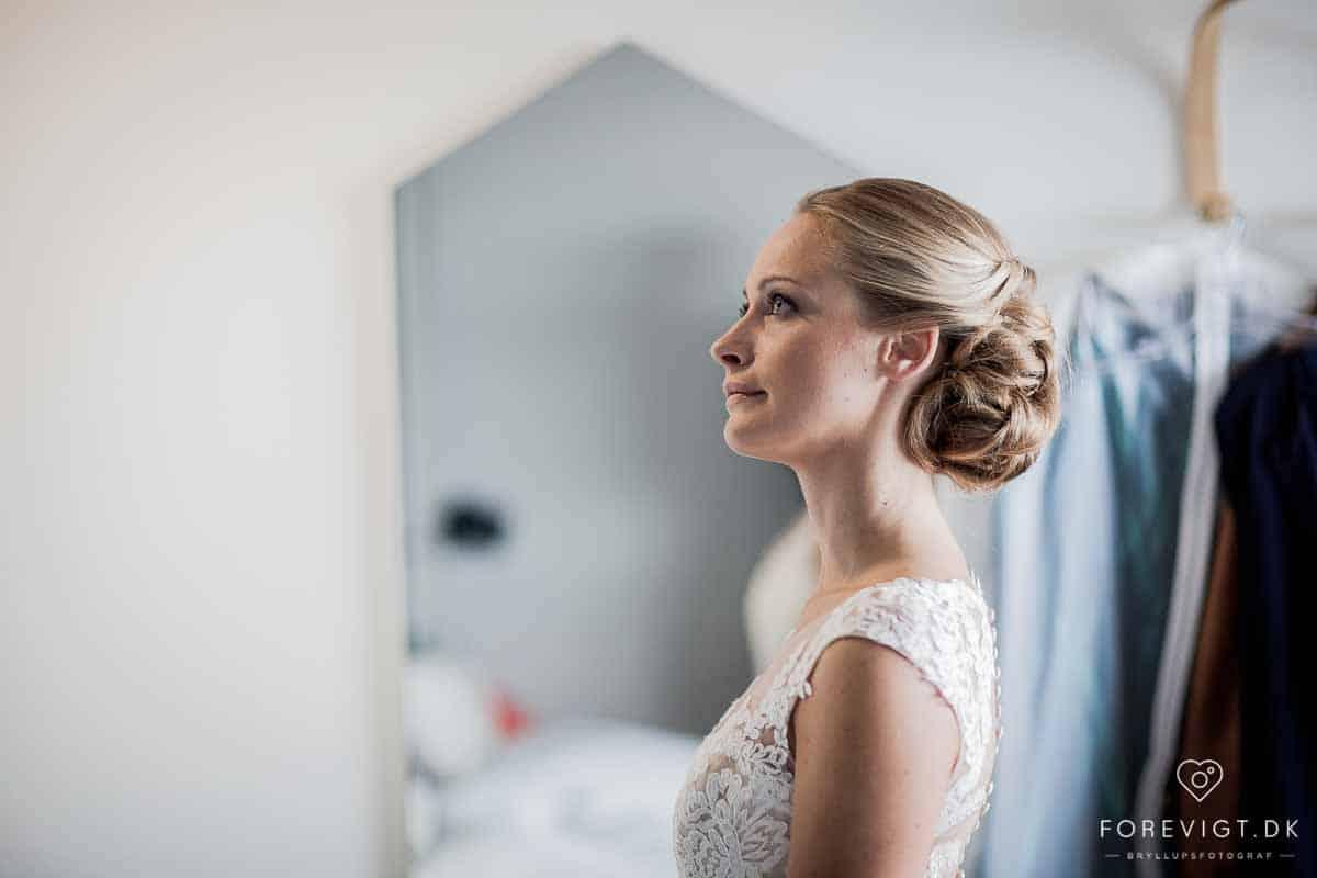 en bryllupsfotograf - specialiseret fotograv til bryllup